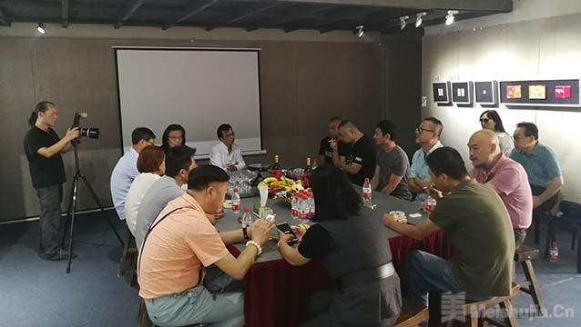 宋庄艺术节期间,陈世君个展在大河湾美术馆以座谈会取代开幕式