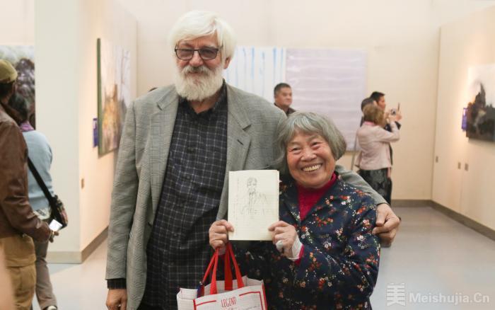第五届桃花潭畔国际艺术家创作营作品展在合肥开展