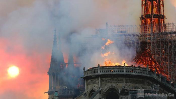 被大火吞噬一周年后,巴黎圣母院怎样了?